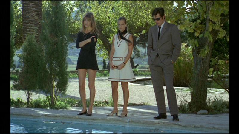 L l gance de la piscine de styles en aiguilles for La piscine film