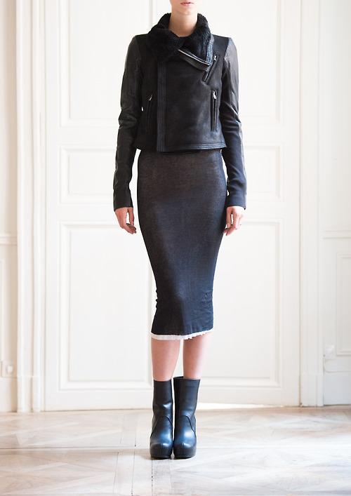 448-peau-lainee-noire
