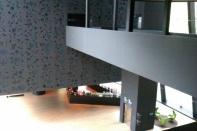 L'intérieur imposant du musée