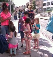 Family Irish streetstyle... / Photos: Jicky@Destylesenaiguilles