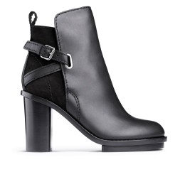 ACNE Cypress boots 500€